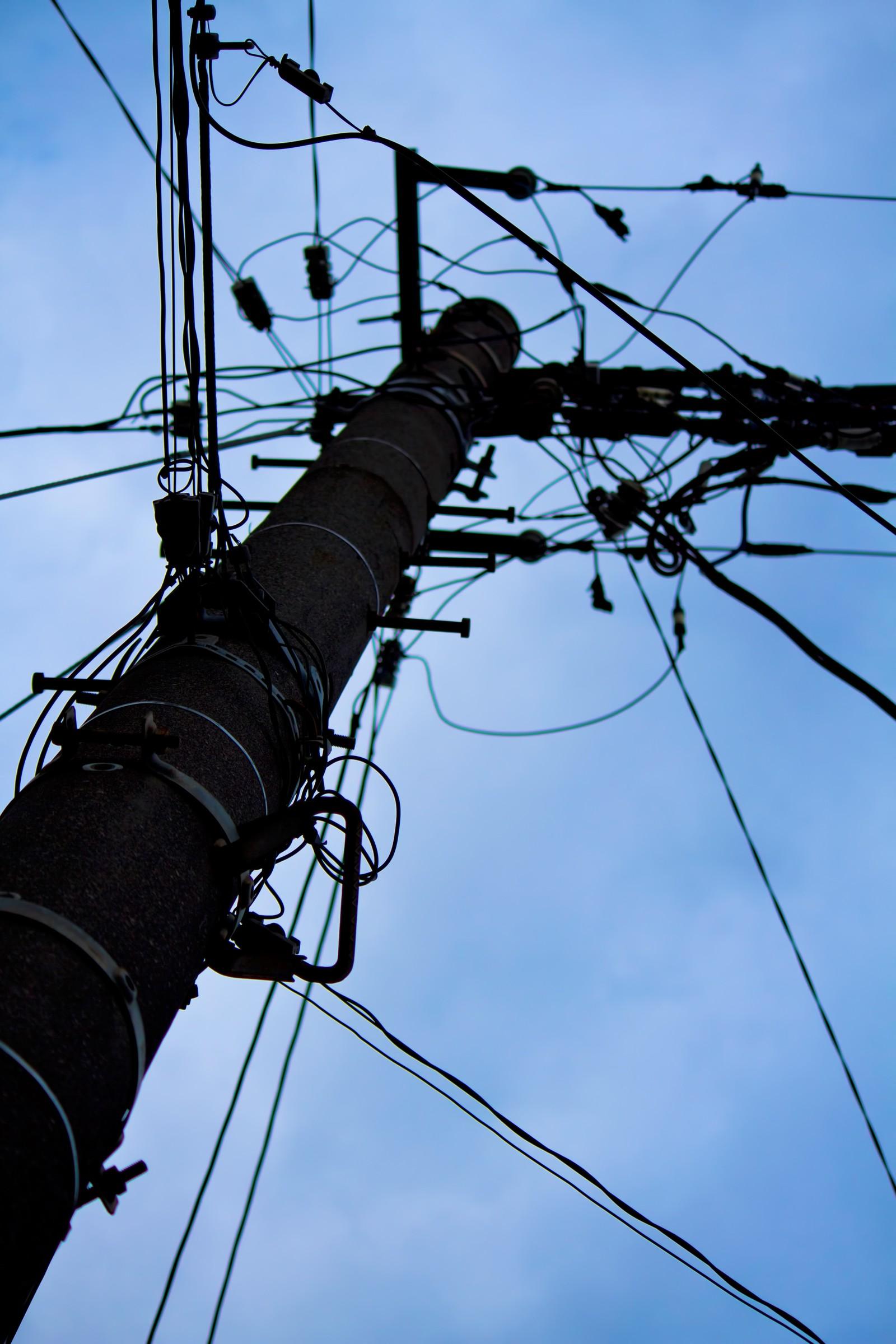 【映画「サバイバルファミリー」感想】 もしも巨大太陽フレアや電磁パルス攻撃で、全ての電気製品がストップしたら?