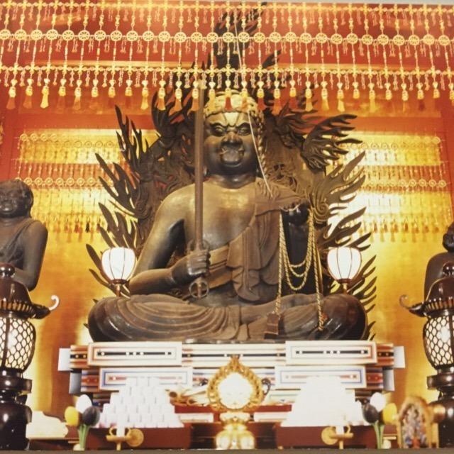 【高幡不動尊金剛寺の灌仏会(花まつり)】 関東三大不動で、新選組土方歳三の菩提寺。 生まれ変わり物語がある