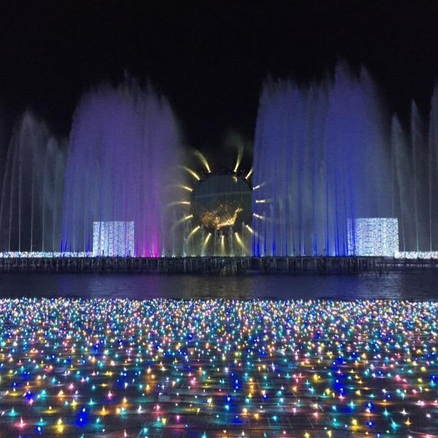 今年のよみうりランドジュエルミネーションは、噴水ショーがオススメ!