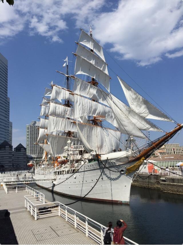 【日本丸メモリアルパーク】 総帆展帆(そうはんてんぱん)の様子を見学! 横浜の美しい白い船
