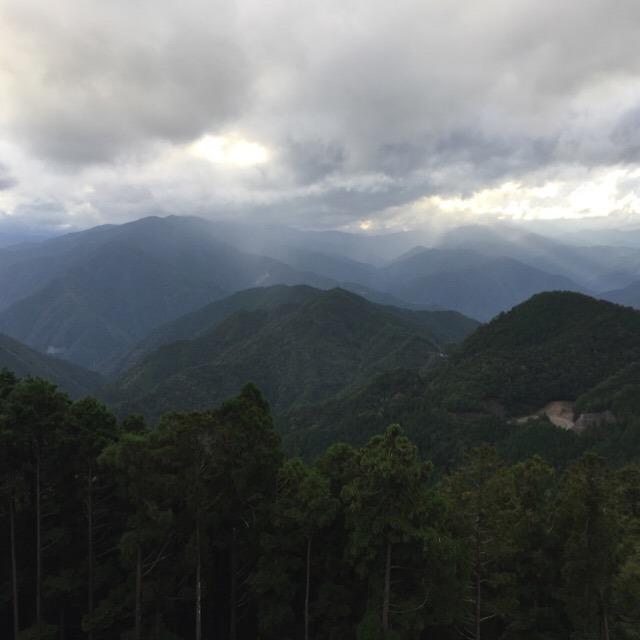 【玉置神社(世界遺産)】 熊野三山の奥宮。神様に呼ばれないと辿り着けない?