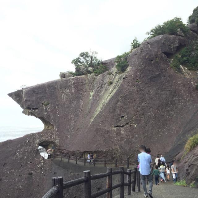【獅子岩、鬼ヶ城】 巨大な奇岩は、なんとも雄大で、不思議だった・・・