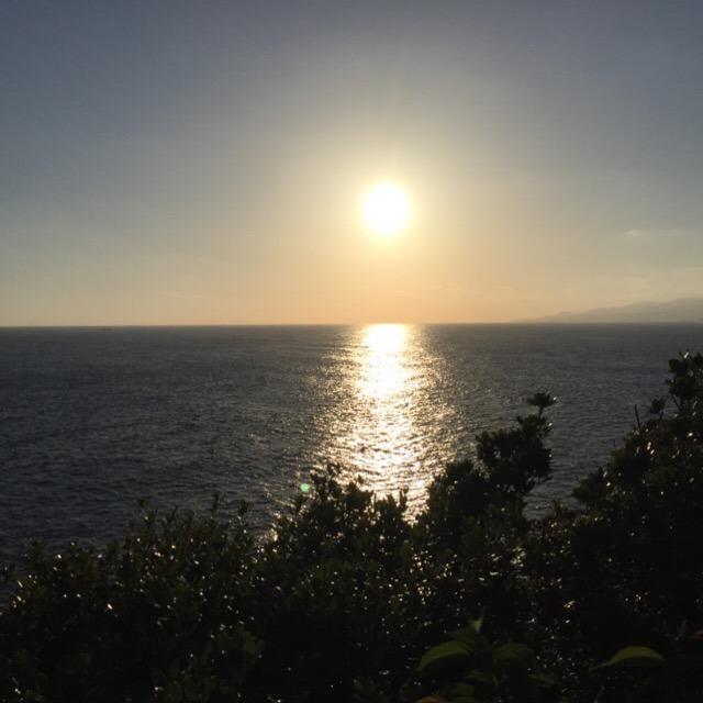 【潮岬灯台、潮御崎神社】 本州最南端の灯台と神社。スクナヒコナが旅立ったところ