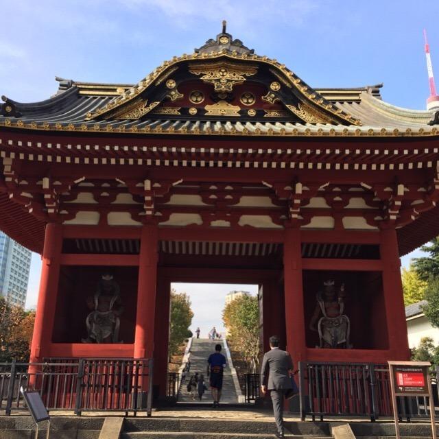 【旧台徳院霊廟惣門】 プリンス芝公園にある。東京タワーが綺麗に見えます