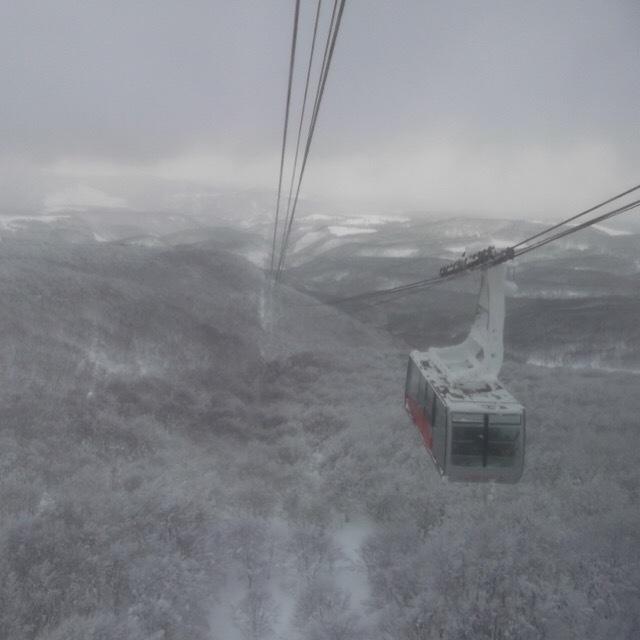 【八甲田ロープウェー】 猛吹雪の八甲田山で、樹氷を見た。冬の八甲田山は過酷だった!