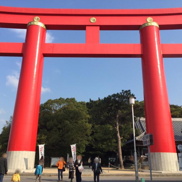 【おのころ島神社】 夫婦神が国生みをした「日本発祥の地」と言われる丘にある