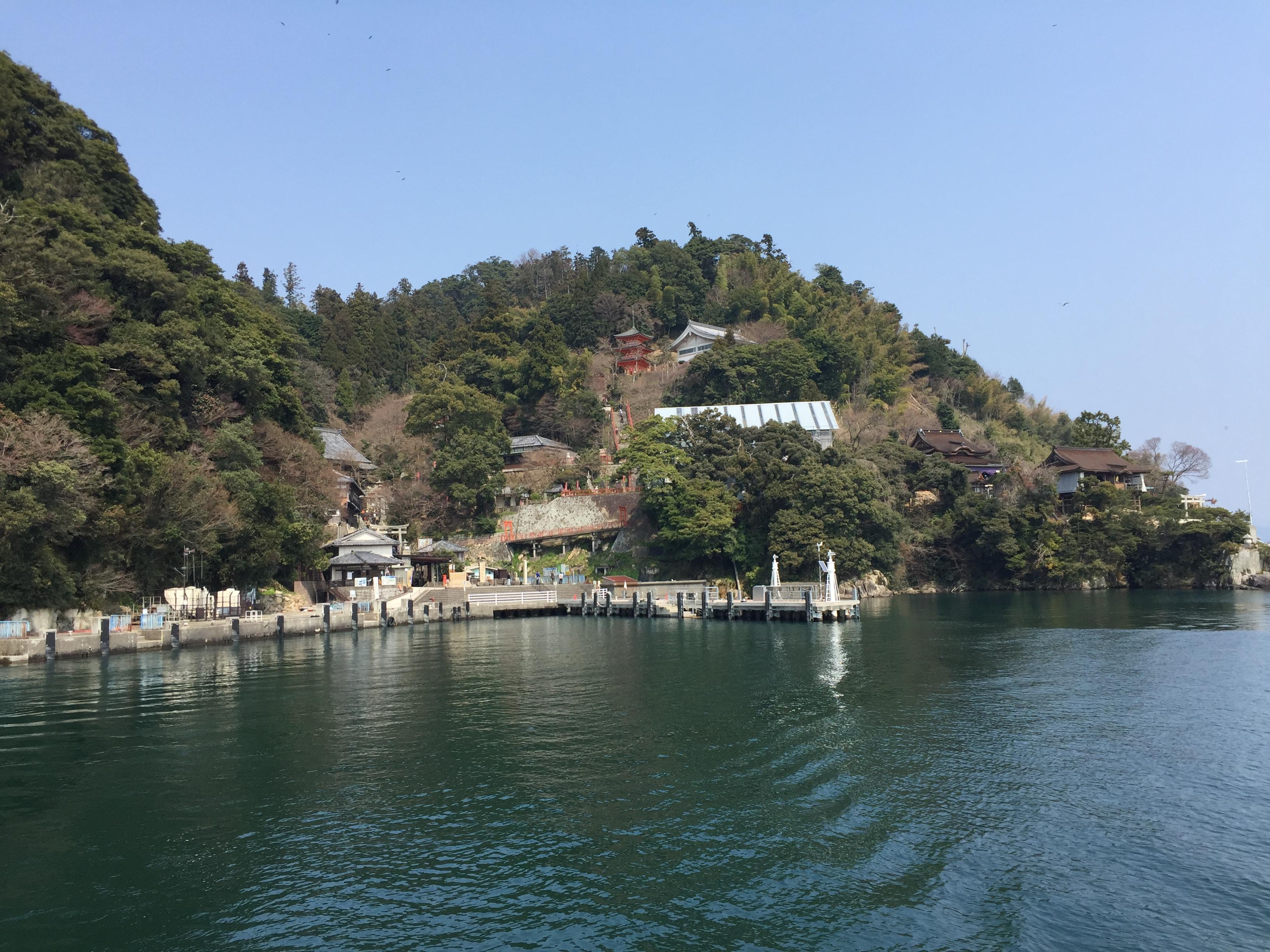 【竹生島観光】 竹生島への交通アクセス。つづらお、今津港、長浜港、彦根港からの4航路がある