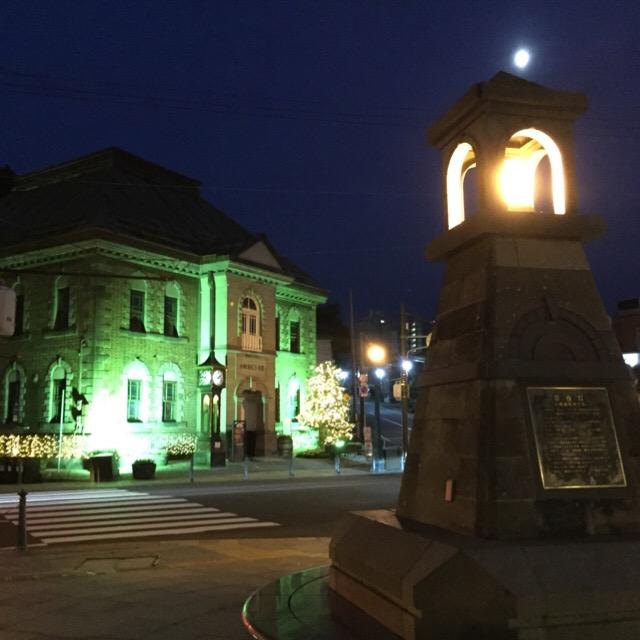 【小樽を散歩】 小樽出抜き小路から、堺町通りを歩き、メルヘン交差点へ。歴史的建造物と、体験工房がたくさんある!