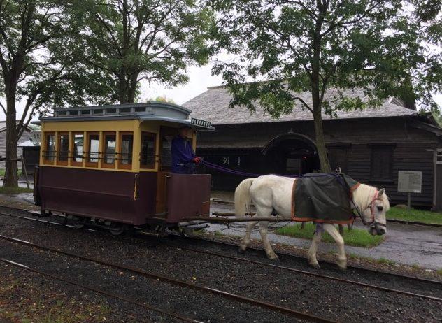 【北海道開拓の村 ②】 馬車鉄道に乗り、昔のヨーロッパの馬糞問題と現代の問題を考える
