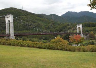 【秦野戸川公園】 入場無料。川遊び、バーベキューの他、登山の起点にもなっています