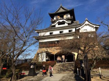 【犬山城(いぬやまじょう)】 天守が国宝指定された5城のうちの一つ。最近まで個人所有の城だった。
